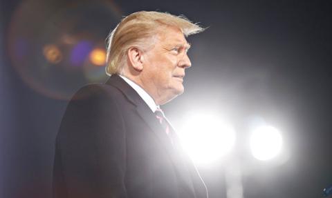 Trump zapowiedział uruchomienie własnej sieci społecznościowej i platformy streamingowej
