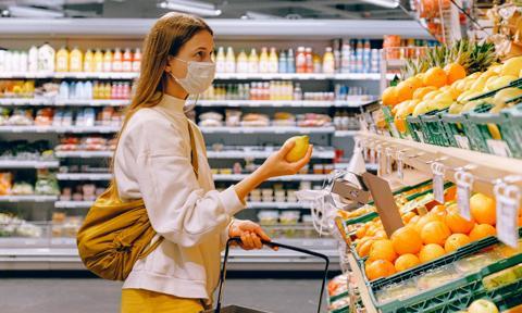Ponad połowa Niemców za obowiązkiem noszenia masek w sklepach