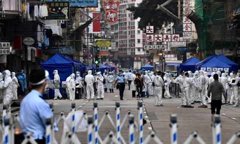Kolejne zakażenia wariantem delta w Chinach. Władze zaostrzają przepisy