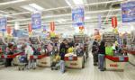 Polacy najrzadziej robią zakupy w niedziele, najczęściej w soboty