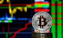 Bitcoin najniżej od roku