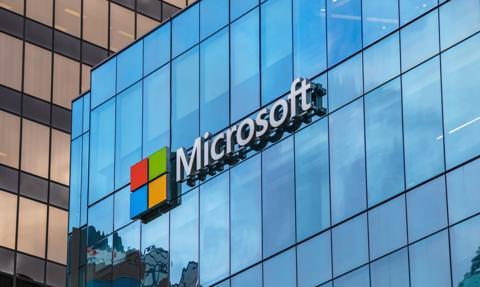 Wyniki Microsoftu w II kw powyżej oczekiwań. Kurs akcji spada