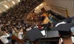 Studenci wracają na uczelnie. Dominuje forma hybrydowa