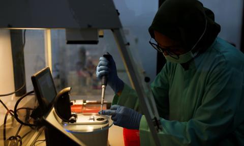 Włochy przeznaczą 81 mln euro na prace nad krajową szczepionką