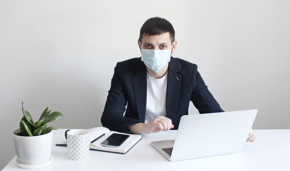 Firmy nauczyły się żyć z koronawirusem