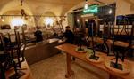 Walia wprowadza obostrzenia. Kina, muzea czy kasyna zamknięte, restauracje otwarte do 18:00