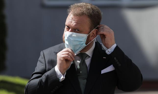 Minister zdrowia przesłuchany ws. afery maseczkowej