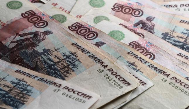 Mimo Trumpa rubel kontynuuje wzrostową passę