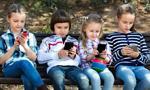 Szyja smartfonowa. Nowe zjawisko w dziecięcej Poradni Leczenia Bólu