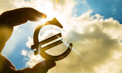 EBC: pieniądze dla banków bez cięcia stóp