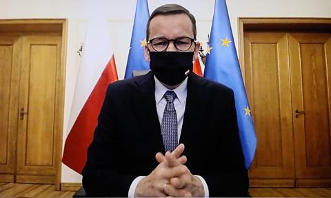 Od 17 października nowe ograniczenia i połowa Polski w czerwonej strefie