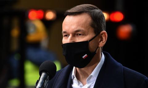 Czerwona strefa w całej Polsce. Rząd wprowadza nowe obostrzenia