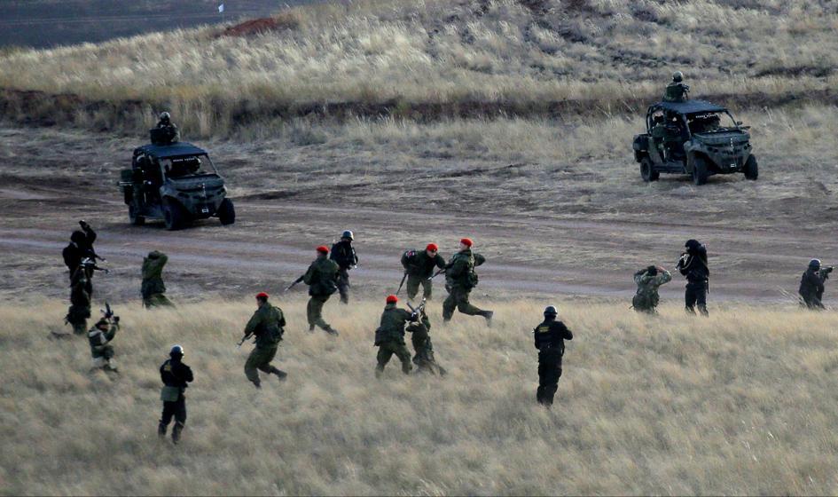 Rosja: Żołnierze rozpoczęli powrót z Białorusi