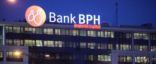 Dwa związki zawodowe weszły w spór z Bankiem BPH