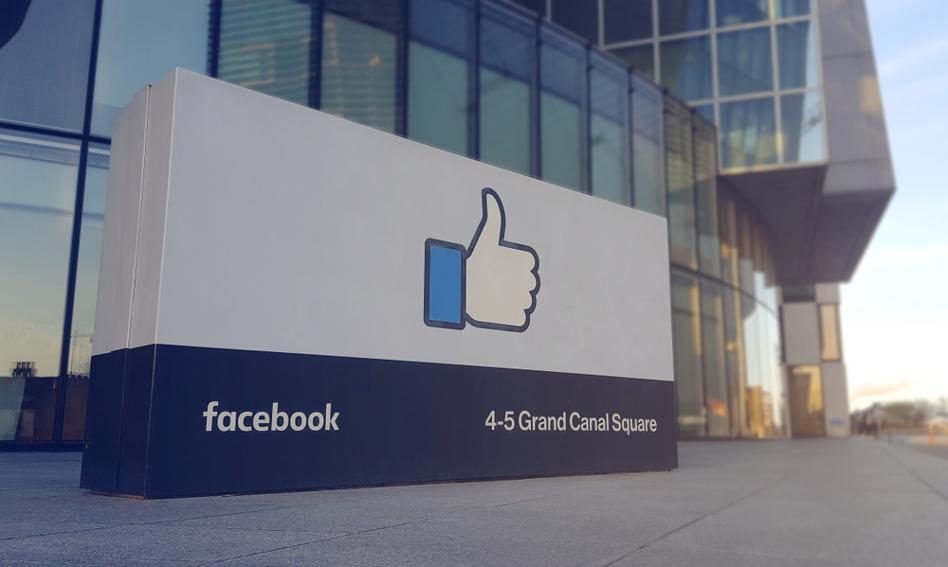 Niemiecki rząd federalny powinien zamknąć swoje strony na Facebooku