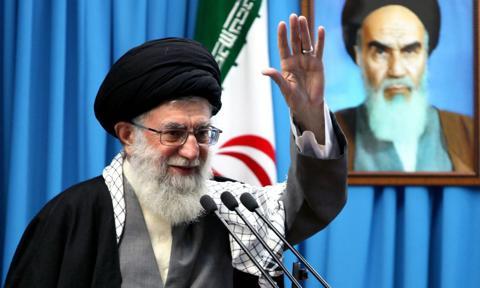 Ajatollah Chamenei ułaskawi ponad 2,8 tys. więźniów z okazji muzułmańskiego święta