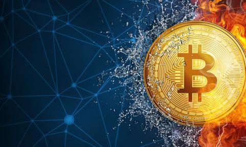 Bitcoin odbija po silnych spadkach