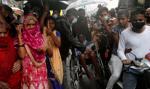 Cyklon Nisarga uderzył w zachodnie wybrzeże Indii, 100 tys. ewakuowanych