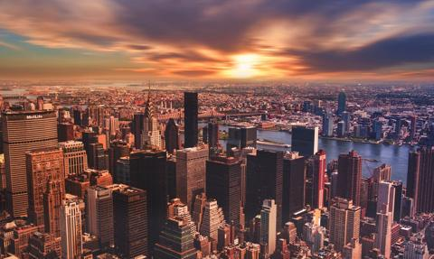 7 grudnia szkoły nowojorskie wznowią częściowo nauczanie w trybie stacjonarnym