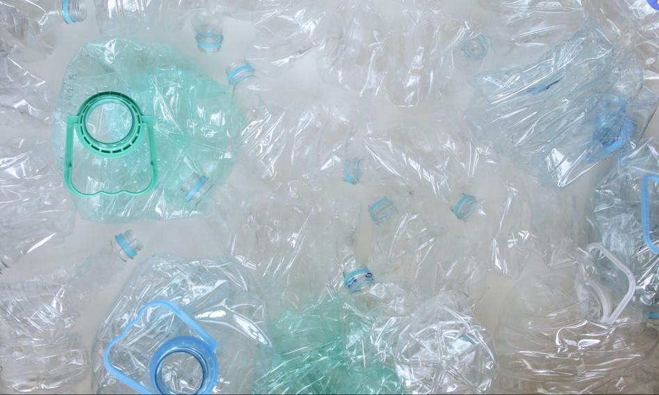 Brytyjskie odpady plastikowe są wysyłane m.in. do Polski