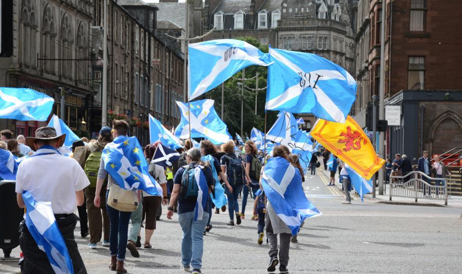 Rząd rozważa pozwolenie Szkotom spoza Szkocji na udział w referendum