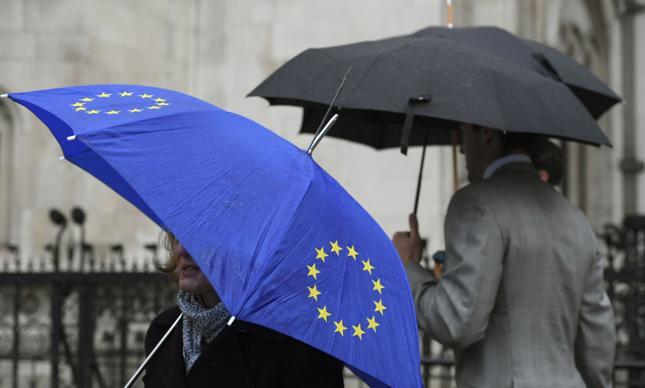 Minister ds. Brexitu: Wielka Brytania rozważa płacenie za dostęp do rynku UE