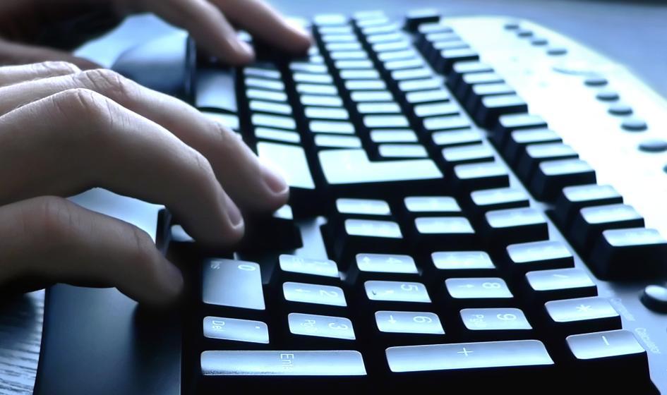 W Polsce brakuje do pracy 50 tys. informatyków