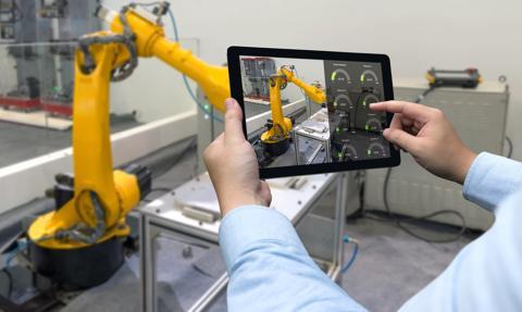 """20 zmian na rynku pracy """"przez automatyzację"""", które rząd sygnalizuje już teraz"""