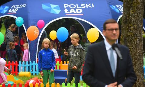 """""""Polski ład"""" to bubel uderzający w polskich przedsiębiorców, czyli o rządowym programie w Senacie"""