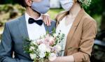 Pary młode nie oszczędzają na ślubach w pandemii
