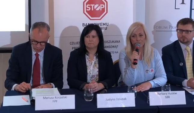 Justyna Dziubak (druga od lewej) wygrała w TSUE