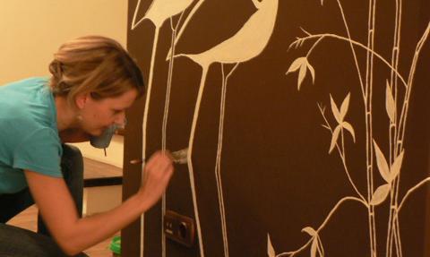 Kobiecy pomysł na biznes - artystyczne malowanie wnętrz