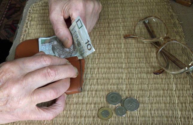 Co oznacza obniżenie wieku emerytalnego