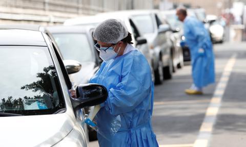 W Hongkongu bezpłatne testy na koronawirusa, krytycy wzywają do bojkotu inicjatywy