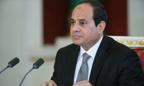 Prezydent Egiptu po czterech latach zniósł stan wyjątkowy