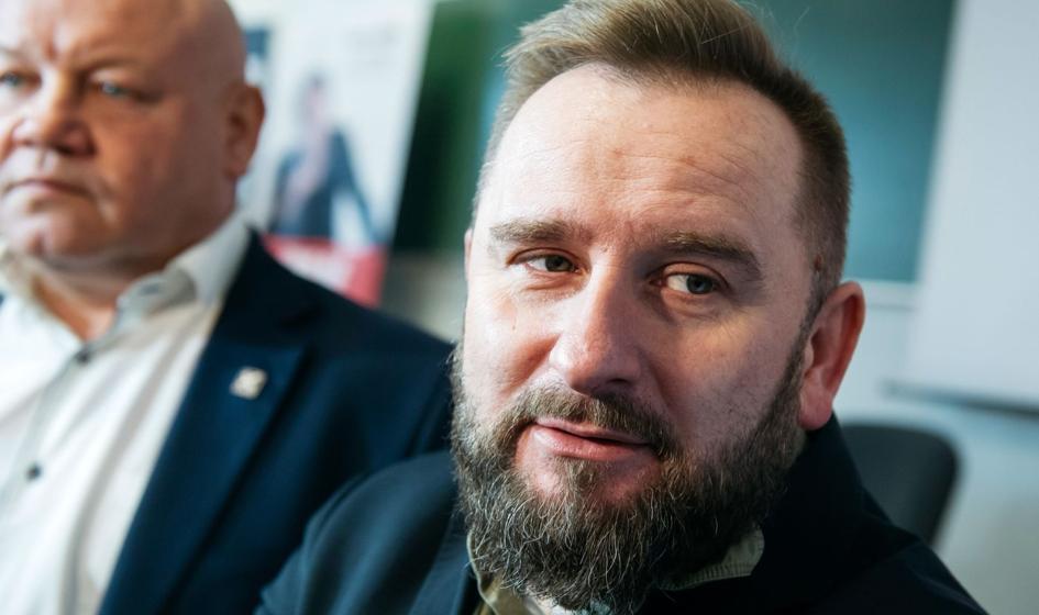 """Liroy-Marzec i """"Bezpartyjni"""" postulują: w Warszawie maksymalnie 1/3 instytucji państwowych"""