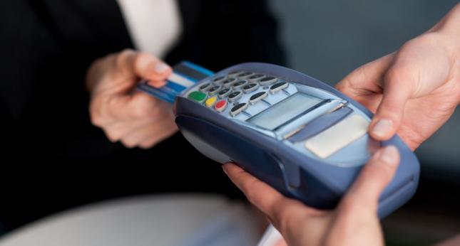 Płatności bezgotówkowe mogą poprawić płynność finansową, ale sektor MŚP ciągle z nich nie korzysta