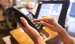 Już 1/3 Polaków płaci za zakupy wyłącznie kartą