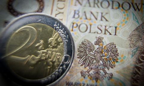 Inflacja w Polsce nadal najwyższa UE. Deflacja w strefie euro w odwrocie