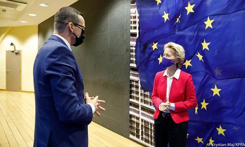W środę KE zaprezentuje raport na temat stanu praworządności w Unii Europejskiej