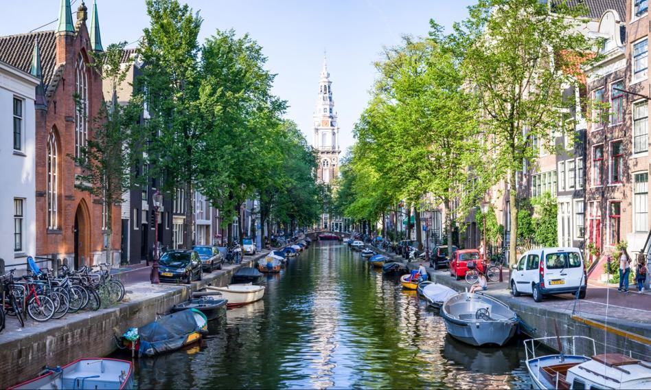 Holenderska poczta zatrudniała nielegalnych imigrantów. Ma zapłacić sporą grzwynę