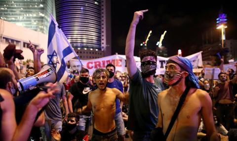 Tysiące ludzi demonstrowały w centrum Tel Awiwu przeciwko rządowi