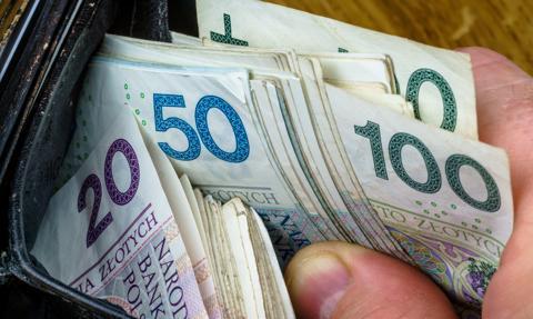 Banki kuszą tanim pierwszym kredytem