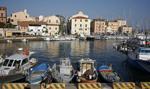 Włochy: Szczytu G8 na wyspie nie było, ale rząd musi płacić rachunki