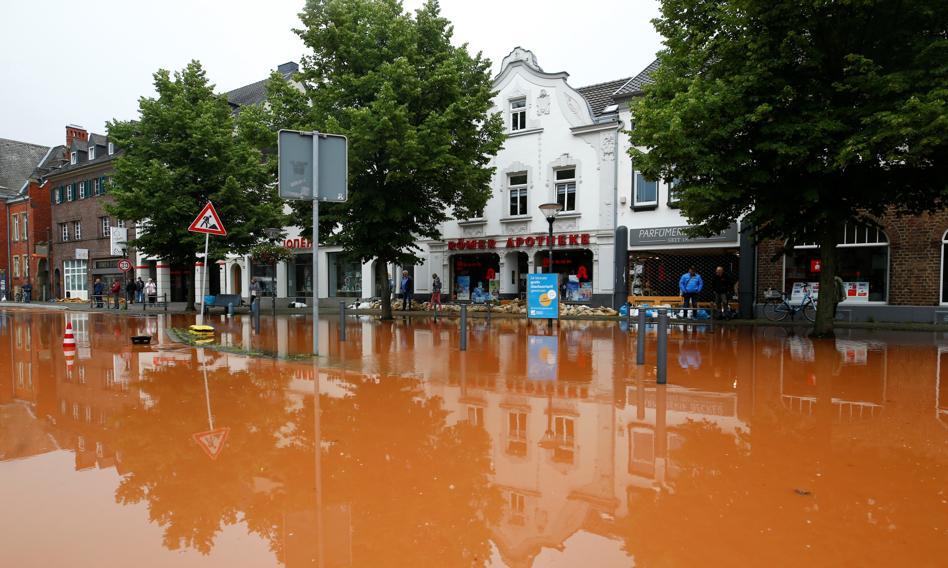 Roszczenia ubezpieczeniowe po powodzi w Niemczech idą w miliardy euro
