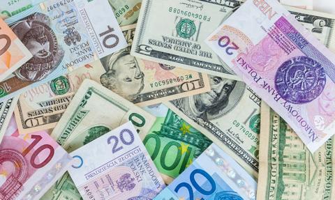 Kurs euro zaatakował marcowy szczyt. Złoty najsłabszy od 11 lat