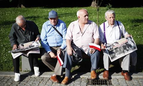 Dlaczego Polacy przechodzą na emeryturę? Badanie SHARE50+