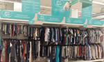 Auchan sprzedaje używaną odzież. Ceny od 7 do 35 złotych