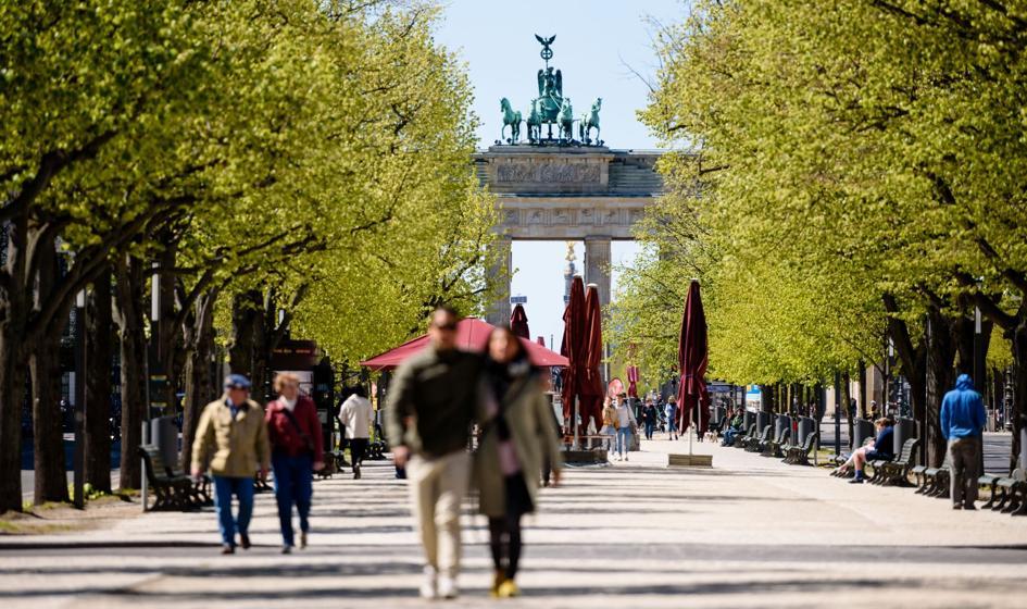 W Niemczech najmniej nowych zakażeń od września. Możliwe zniesienie obowiązku noszenia masek