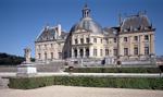 Z francuskiego pałacu zrabowano biżuterię wartą 2 mln euro